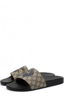Резиновые шлепанцы GG Supreme с принтом Gucci