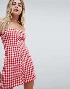 Платье-бандо в клетку на пуговицах Honey Punch - Красный