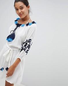 Пляжное платье-туника с синей вышивкой America & Beyond - Белый
