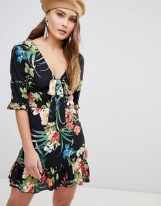 Чайное платье с тропическим принтом Parisian - Черный