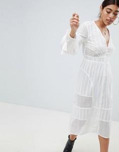 Платье миди с вышивкой ришелье и кисточками River Island - Белый