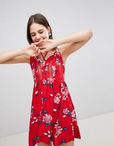 Платье на бретельках с цветочным принтом Brave Soul Lula - Красный