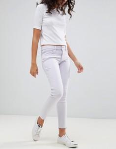 Укороченные джинсы скинни с классической талией и необработанными краями Levis Line 8 - Фиолетовый
