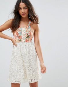 c9d83d87a8ab463 Пляжное платье с абстрактным принтом и цветочным узором Maaji - Мульти