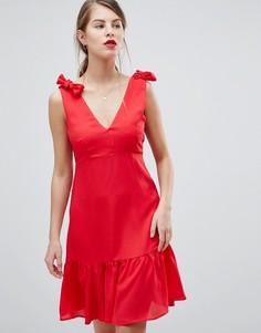 Платье мини с баской и бантами на плечах Vila - Розовый