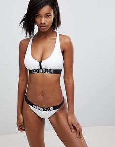 Бикини-топ с молнией и логотипом Calvin Klein - Белый