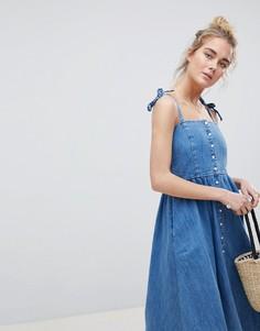 Выбеленное джинсовое платье миди на пуговицах ASOS DESIGN - Синий