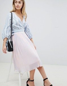Плиссированная юбка миди в полоску Boohoo - Розовый