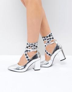 Туфли на каблуке с острым носком и завязками St Sana - Серебряный