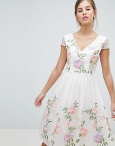 Платье для выпускного с вышивкой Chi Chi London - Мульти