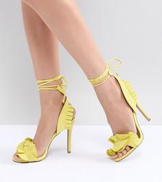 Босоножки на каблуке с оборками QUPID - Желтый