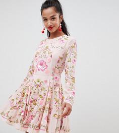 Короткое приталенное платье с декоративной отделкой ASOS EDITION Petite - Розовый