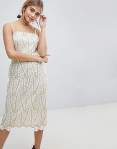 Кружевное платье-футляр миди с ажурной отделкой Dolly & Delicious - Белый