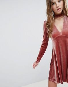 Бархатное короткое приталенное платье с длинными рукавами Oh My Love - Розовый