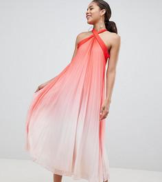 Плиссированное платье макси с высоким воротом John Zack Tall - Розовый