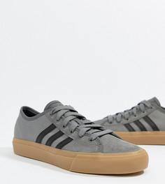 Кроссовки на резиновой подошве adidas Skate Boarding Matchcourt Rx - Серый