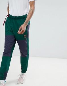 Зеленые джоггеры adidas Originals Atric Outdoor CD6806 - Зеленый