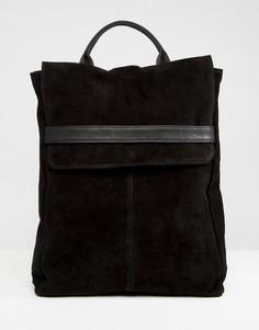 Замшевый рюкзак с клапаном и ремешком ASOS DESIGN - Черный