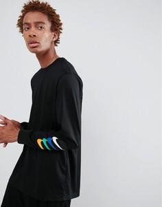 Черный лонгслив с принтом на рукаве Nike SB 886100-010 - Черный