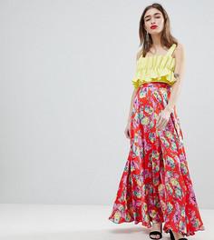 Атласная юбка макси с цветочным принтом и разрезом ASOS DESIGN Petite - Мульти