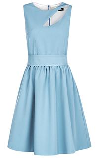 Голубое платье с вырезом La Reine Blanche