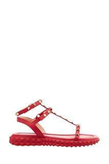 Красные босоножки с отделкой Valentino