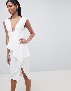 Асимметричное платье миди с глубоким вырезом Lavish Alice - Белый