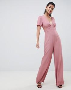 Комбинезон с широкими штанинами и вырезом ASOS DESIGN - Розовый