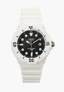 Часы Casio Casio Collection LRW-200H-1E