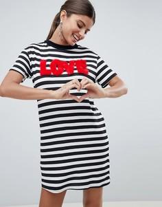 Платье-футболка в полоску с надписью Love PrettyLittleThing - Мульти