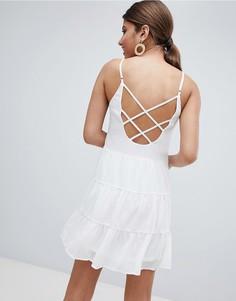 Ярусное платье мини с бретельками Missguided - Белый