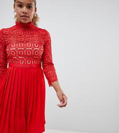 Платье миди с кружевным топом и рукавами 3/4 Little Mistress Petite - Красный