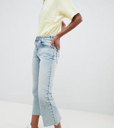 Светлые укороченные расклешенные джинсы с вытачками ASOS DESIGN Petite Egerton - Синий