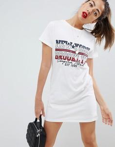 Платье-футболка с принтом Missguided New York - Белый