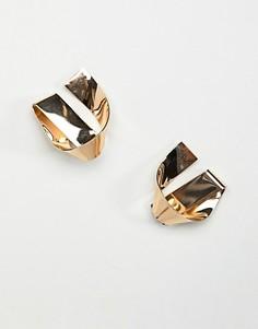 Золотистые серьги-гвоздики с дизайном в виде узлов ASOS DESIGN - Золотой