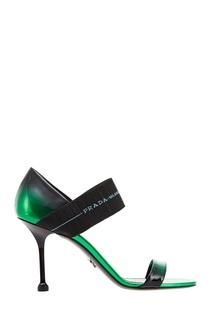 Зеленые лакированные босоножки Prada