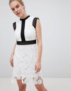 Кружевное короткое приталенное платье Liquorish - Белый