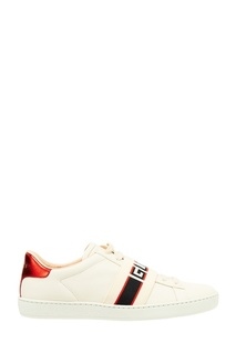 Белые кеды с логотипом Gucci