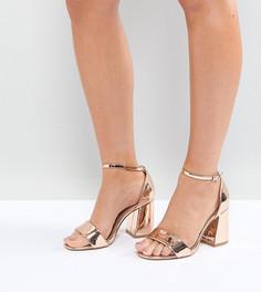 Босоножки для широкой стопы на каблуке ASOS HEARTACHE - Золотой
