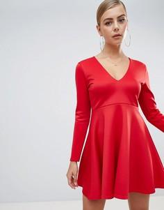 Короткое приталенное платье Missguided - Красный