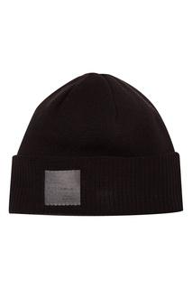 Черная шапка с нашивкой Adidas