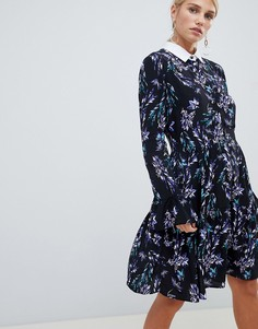 Короткое приталенное платье с длинными рукавами, принтом и контрастным воротником Closet London - Синий