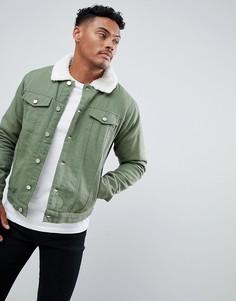 Джинсовая куртка цвета хаки с меховым воротником boohooMAN - Зеленый