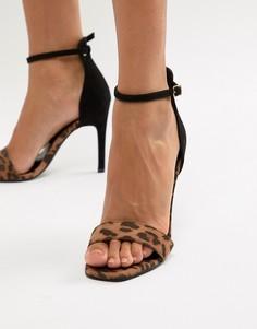 Босоножки на каблуке с леопардовым принтом New Look - Коричневый