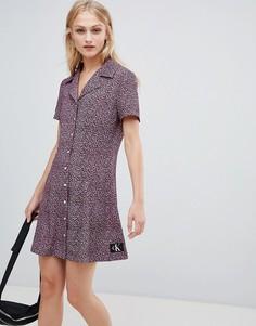 Платье с цветочным принтом и логотипом Calvin Klein Jeans - Мульти