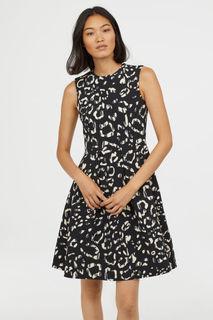 Платье расцветки колор-блок H&M
