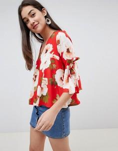 Блузка с цветочным принтом и завязками на рукавах Girls On Film - Мульти