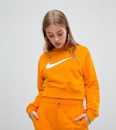 Укороченный оранжевый свитшот с большим логотипом-галочкой Nike эксклюзивно для ASOS - Оранжевый