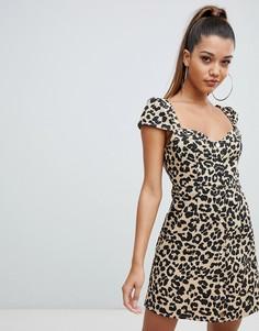 Платье мини на пуговицах с леопардовым принтом PrettyLittleThing - Мульти