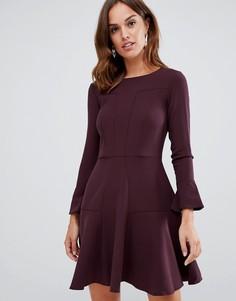 Короткое приталенное платье со вставками Closet London - Красный